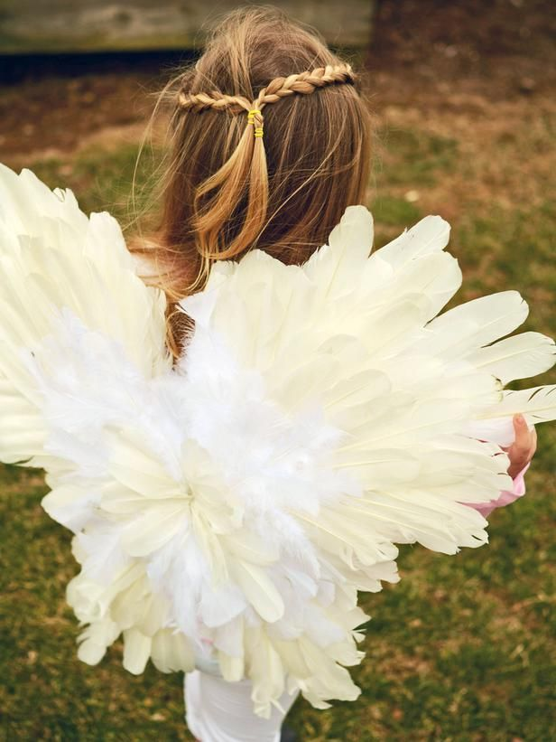 How To Make Feathered Angel Or Fairy Wings Kids Angel Costume Diy Angel Wings Feather Angel Wings