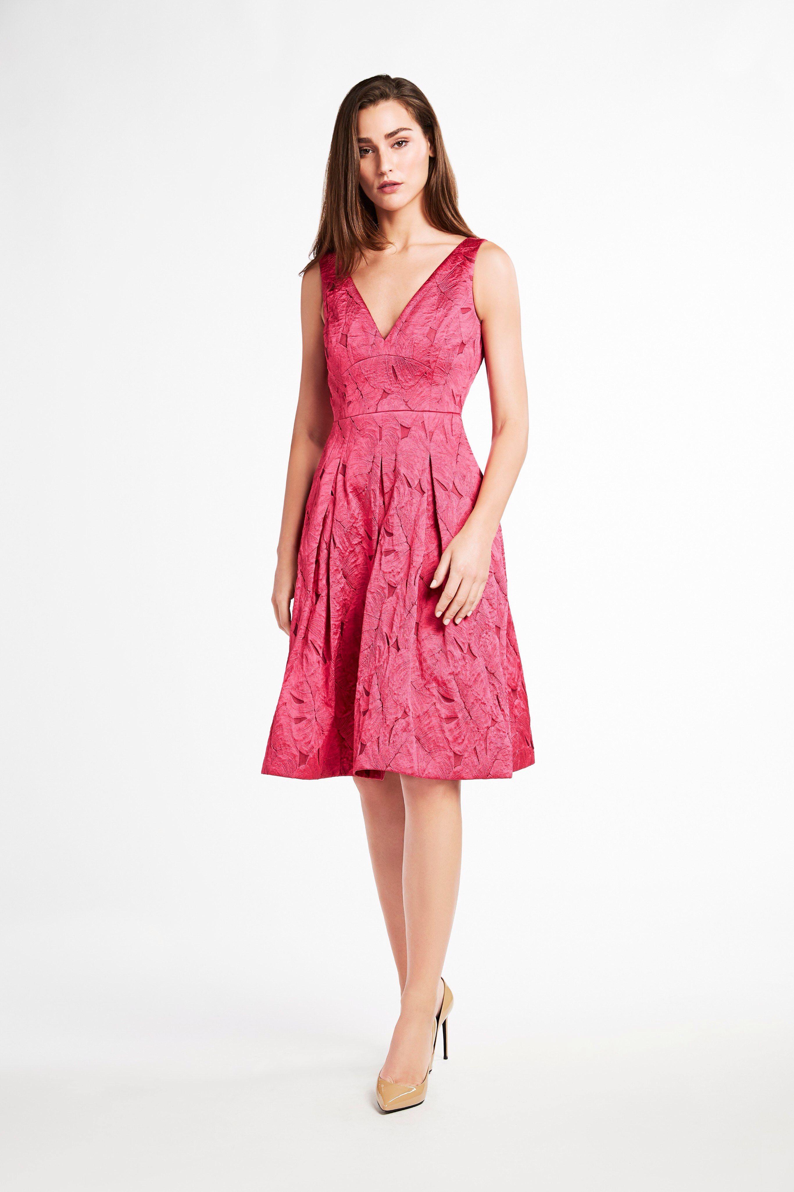 6d3ace27e67c6 Look 10 Elie Tahari, Summer Dresses, Formal Dresses, Fashion Brands, Fashion  Show