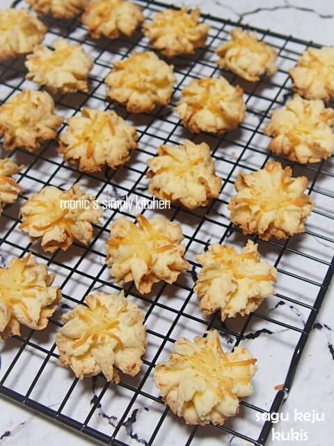 Butter Cake Buah Kering Dengan Blueband Cake Cookie Monic S Simply Kitchen Brownie Cookies Kue Buah Resep