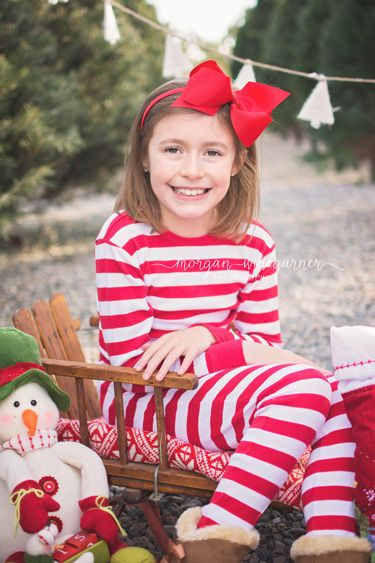 Christmas Tree Farm Photos | Morgan Winegarner Photography | Colorado Springs, CO Family Photographer #coloradophotographer #coloradospringsfamilyphotographer #treefarmphotos #treefarmminis #Christmasphotos