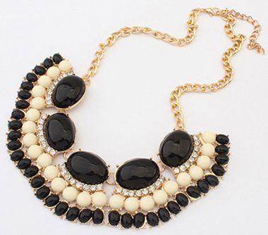 Tri bead statement necklace. Black & white