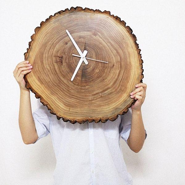 Originales relojes de pared caseros decoracion pinterest madera troncos de madera y - Relojes de decoracion ...