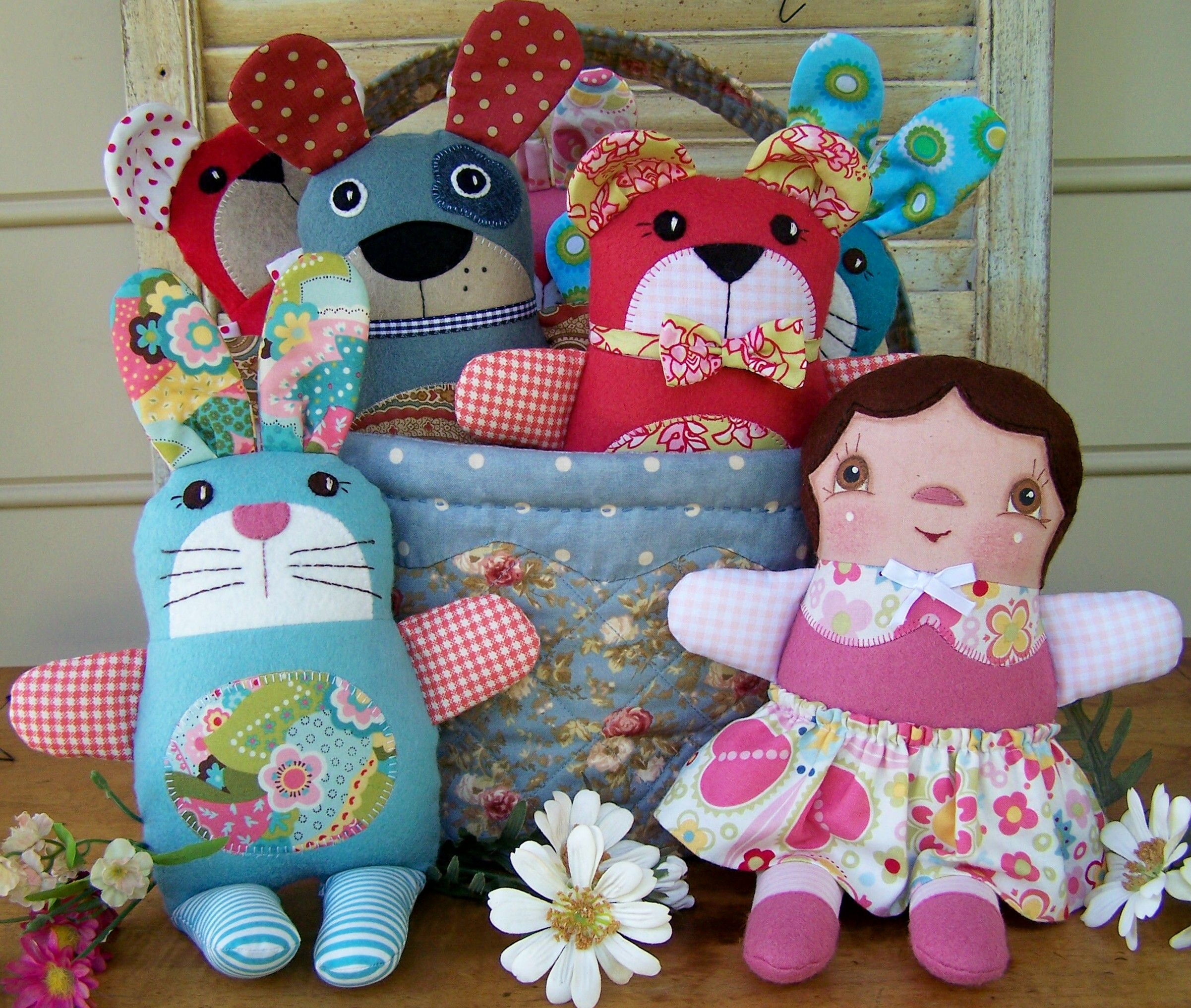 Snuggles, Huggles and Cuddles pattern by Annie Smith | Doll patterns ...