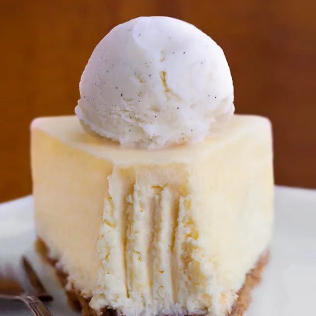 Keto Cheesecake Recipe Yummly Recipe Keto Dessert Recipes Dessert Recipes Low Carb Cheesecake