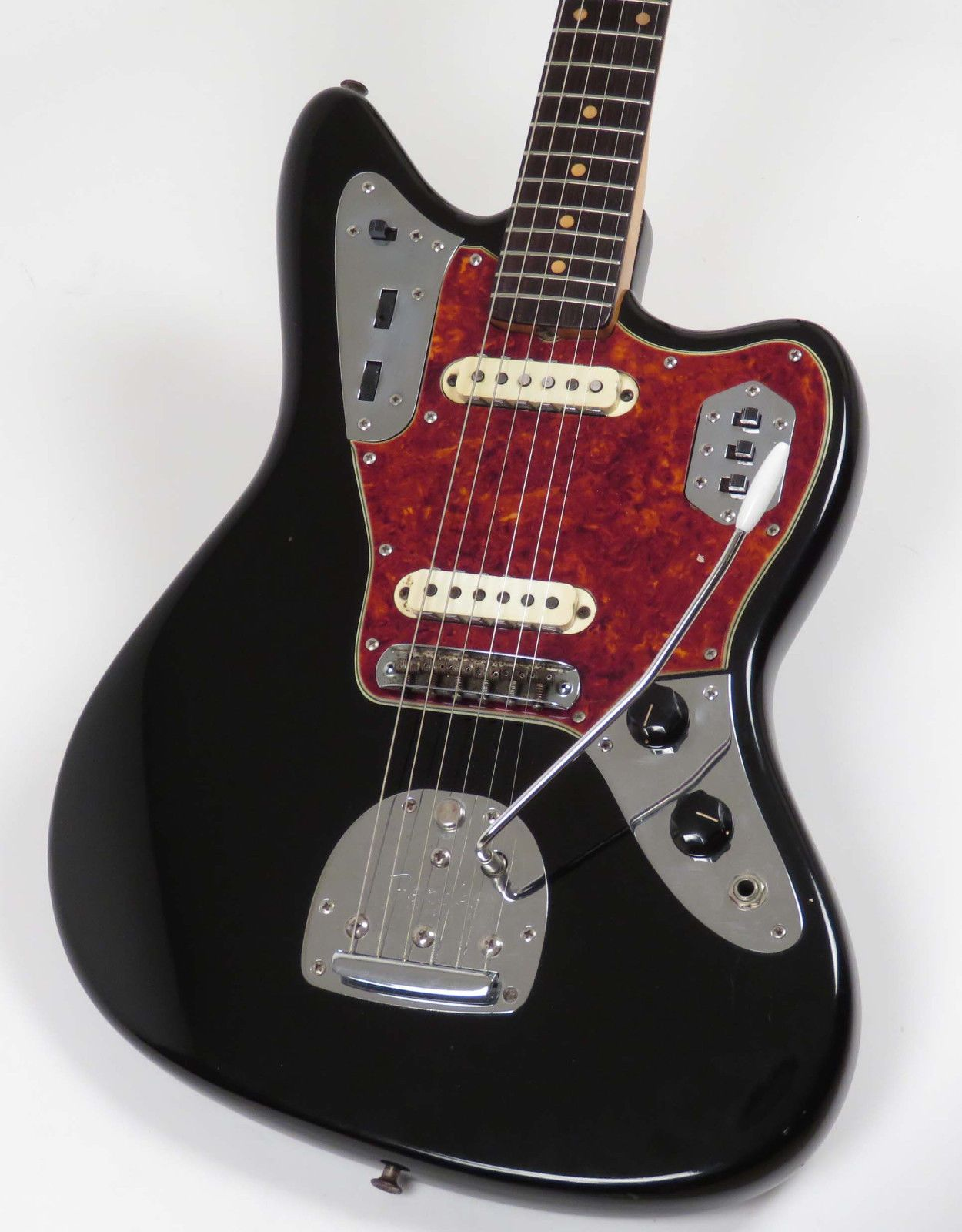strings guitars and for guitar basses named shorter thinner was were the than suspects fen wht this jazz of precision unusual bass vi jaguar fender sale much scale blog unique