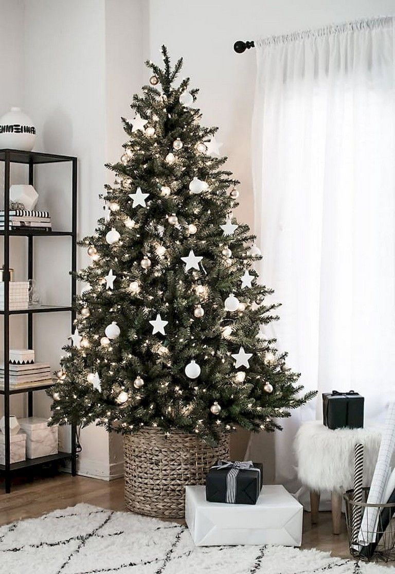 20+ Marvelous Awesome Christmas Decorations Apartment Ideas images