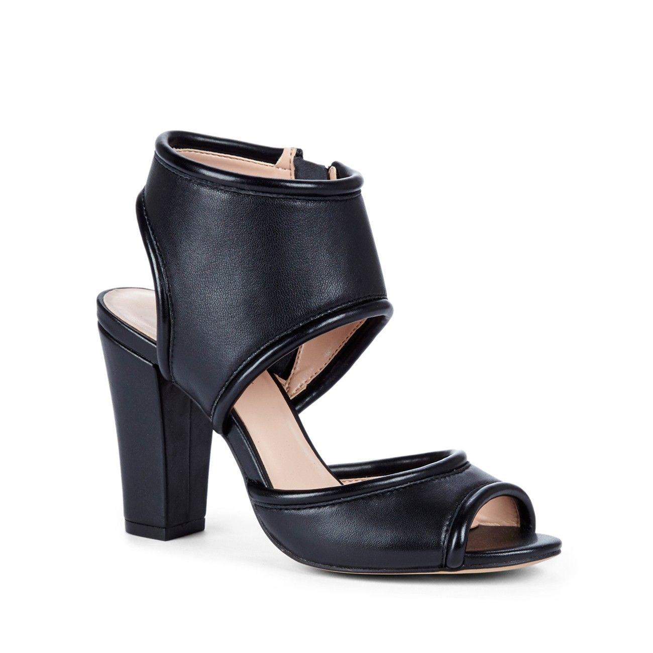 c713bd2da7b Sole Society - Gayle Sandals (worn by Aria Montgomery on Pretty Little  Liars)