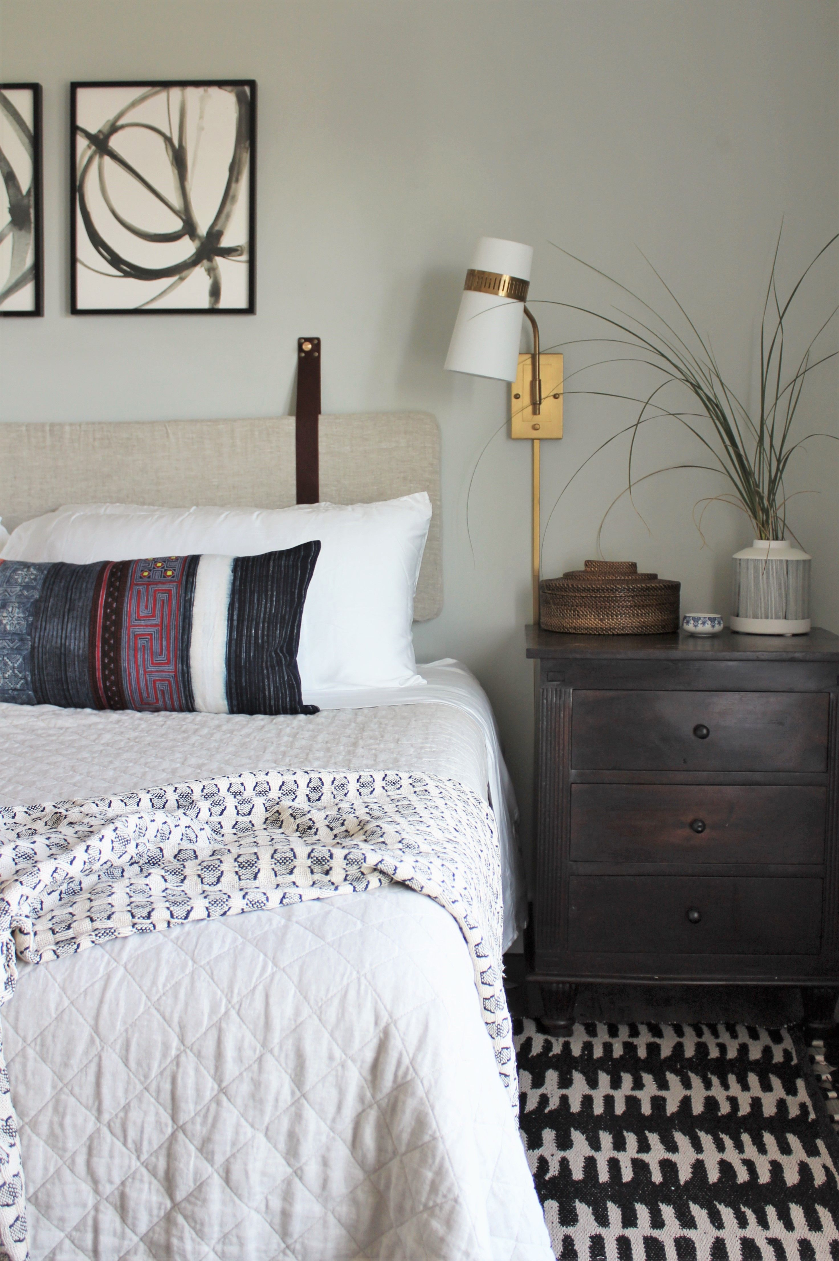 Modern Eclectic Guest Bedroom Interior Design Decor With Wall Hung Upholstered Linen Headboard With Elegant Bedroom Decor Guest Bedroom Decor Bedroom Interior