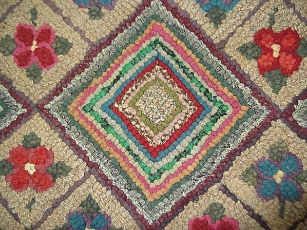 40in x 25in. Charming Handmade Folk Art Vintage 1930's  Hand Hooked Floral Log Cabin Rug