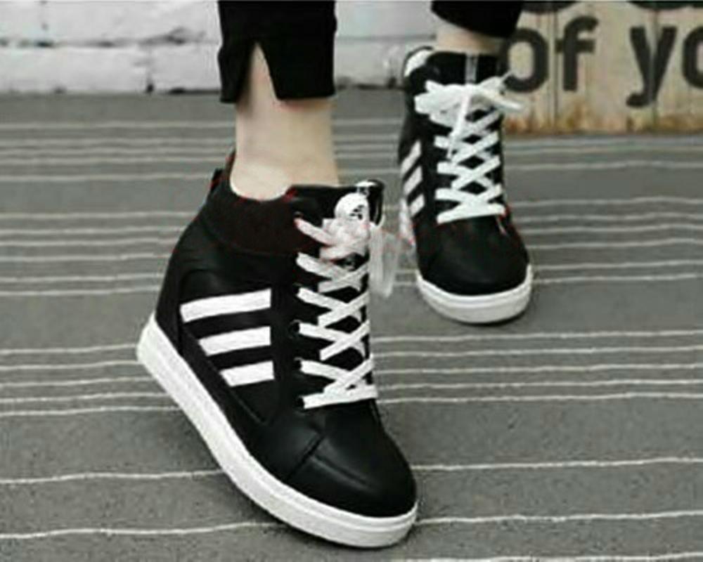 Sepatu Adidas Boots Tinggi Casual Sneakers Hitam Strip Putih