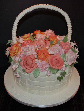 Cakeside Basket Of Roses Birthday Cake Submitted By The Sweetest Tiers On Www Cakeside Com Flower Basket Cake Cake Baking Flower