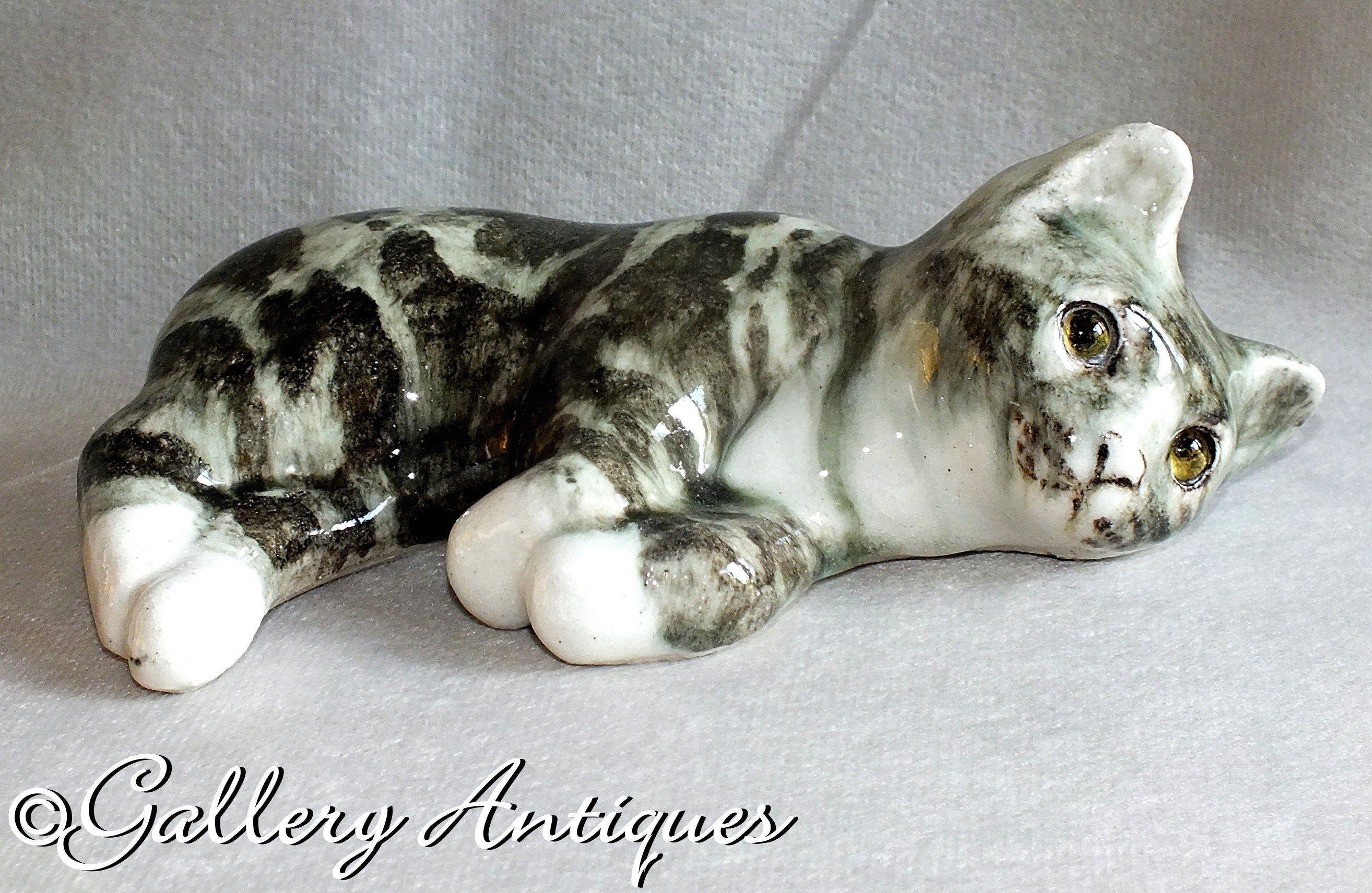 Vintage Winstanley Lying grey Tabby Cat kitten Figurine