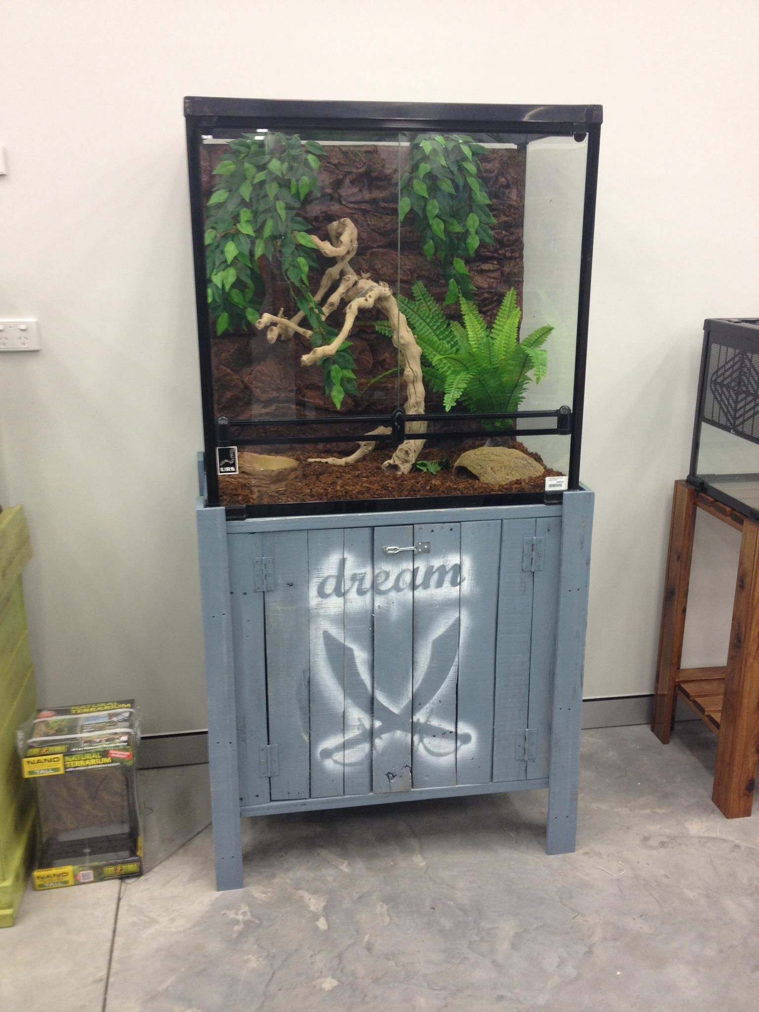 Custom Made Reptile Tank Stands Made By Rhind House Of Timber Fish