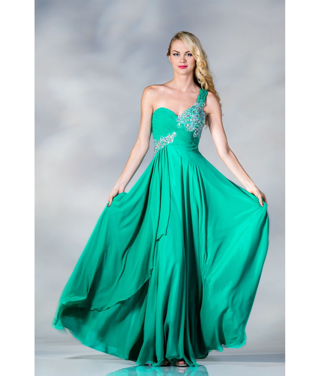 1000  images about Prom on Pinterest  Vintage style Mermaid ...
