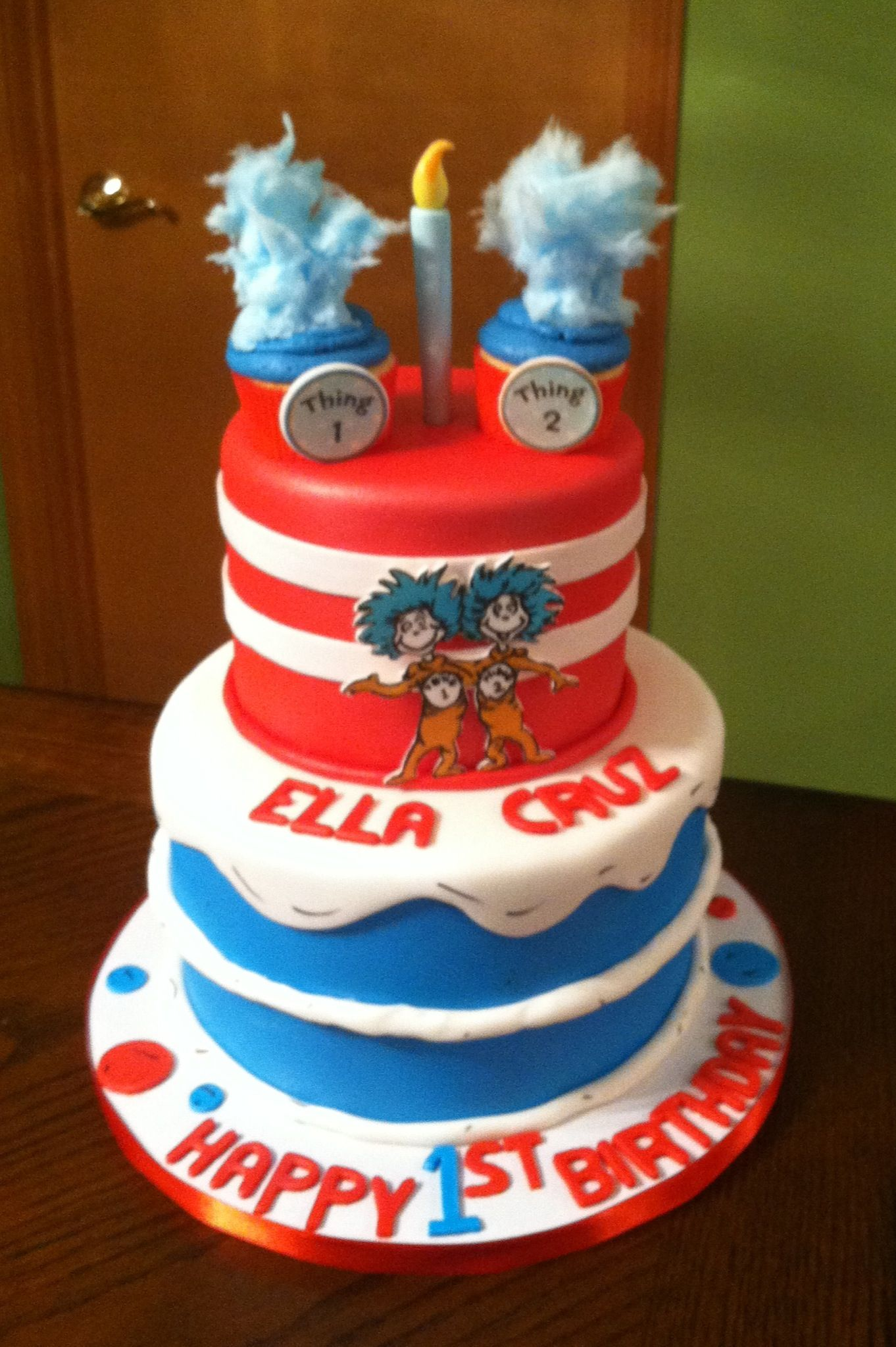 Thing 1 Thing 2 Cake Cakes Ive Done Pinterest Cake Thing 1