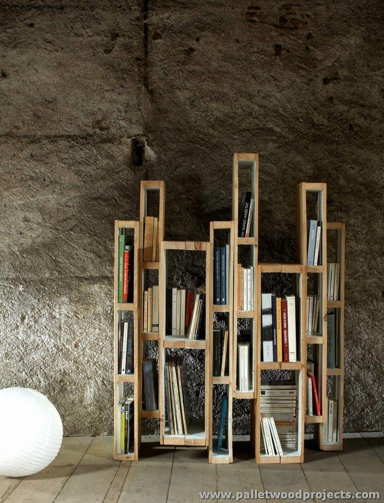 Wood Pallet Verticle Bookshelf