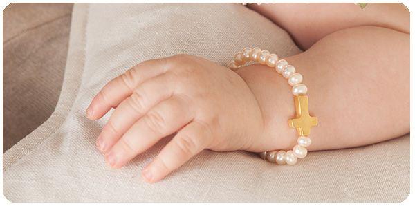 93c6ac9ad1ce joyas para niños y bebes pulsera perlas cruz de oro