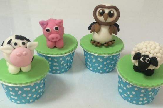 Animal Farm Cupcakes Class Cake Decorating Classes In Singapore Cake Decorating Classes Farm Animals Cake Decorating