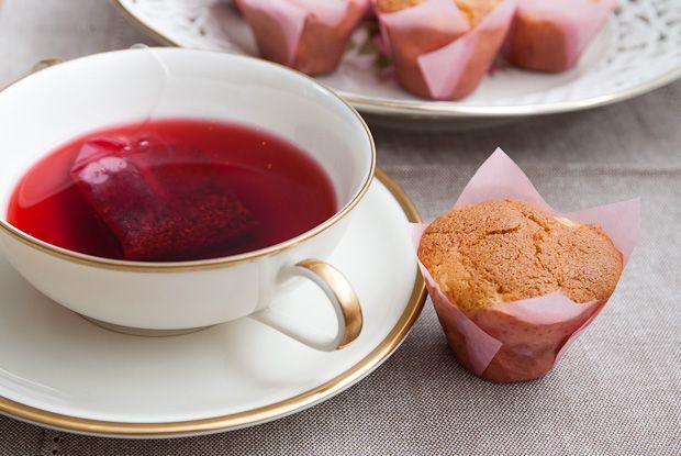 Mini-Muffins and Tea
