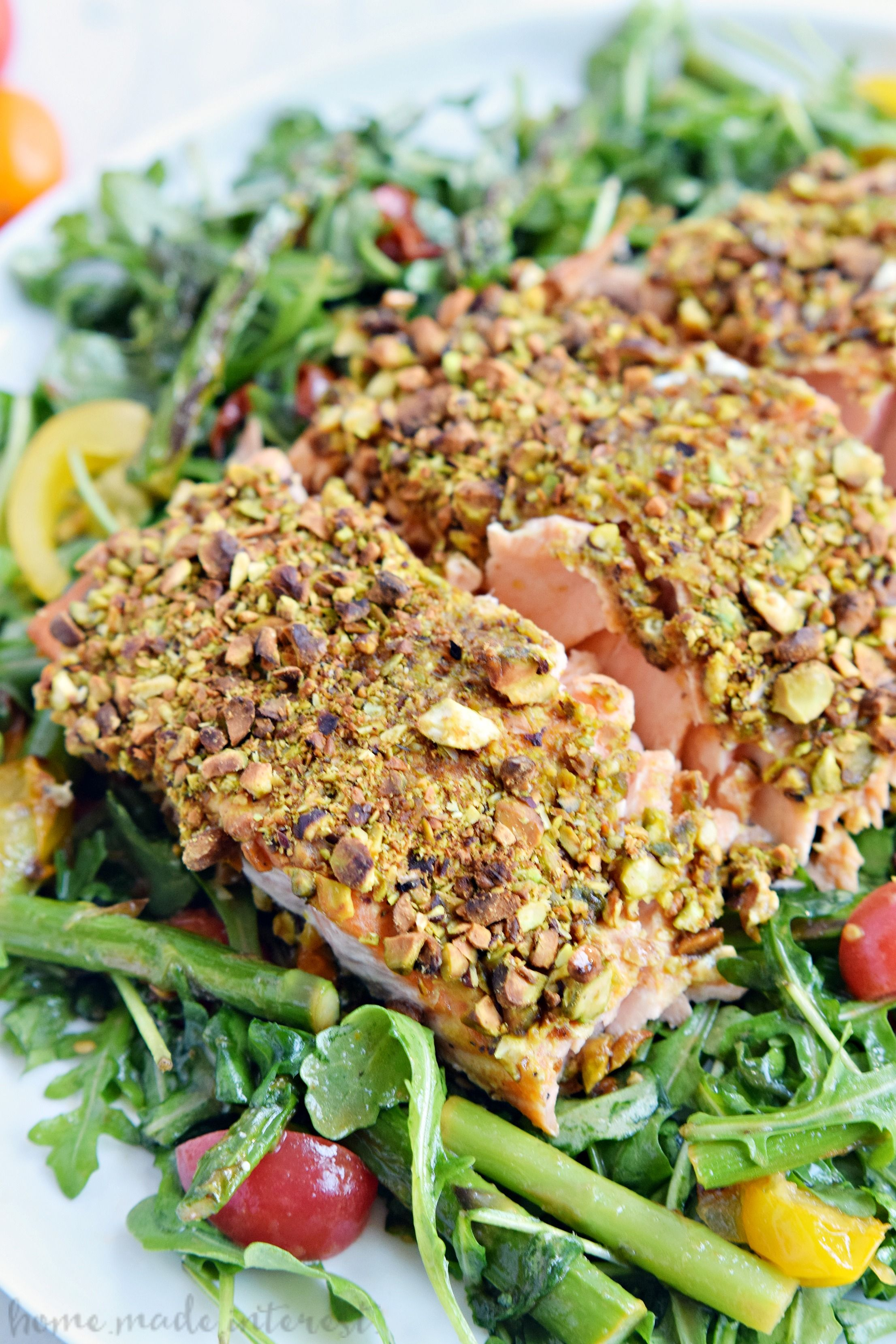 This Pistachio Crusted Salmon Recipe Is Elegant Enough For A Dinner Party And Makes An Easy Weekni Pistachio Crusted Salmon Fish Recipes Healthy Salmon Recipes