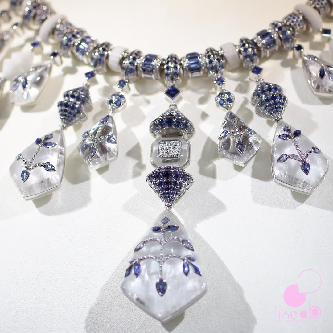 "Bérengère Treussard  on Instagram: ""Amazing double sided necklace by @boucheron one size w/ rock Crystal diamonds and sapphires and one w/ Taj Mahal marble #jewelasanart #bleudejodhpur #boucheron #highjewelry #newcollection #pariscouture #pfw #necklace #marble #diamonds #sapphires #rockcrystal #love #nature #jewelryblog #likeab #amazingjewels #beautiful #newcollection #couture #coutureweek #paris"""