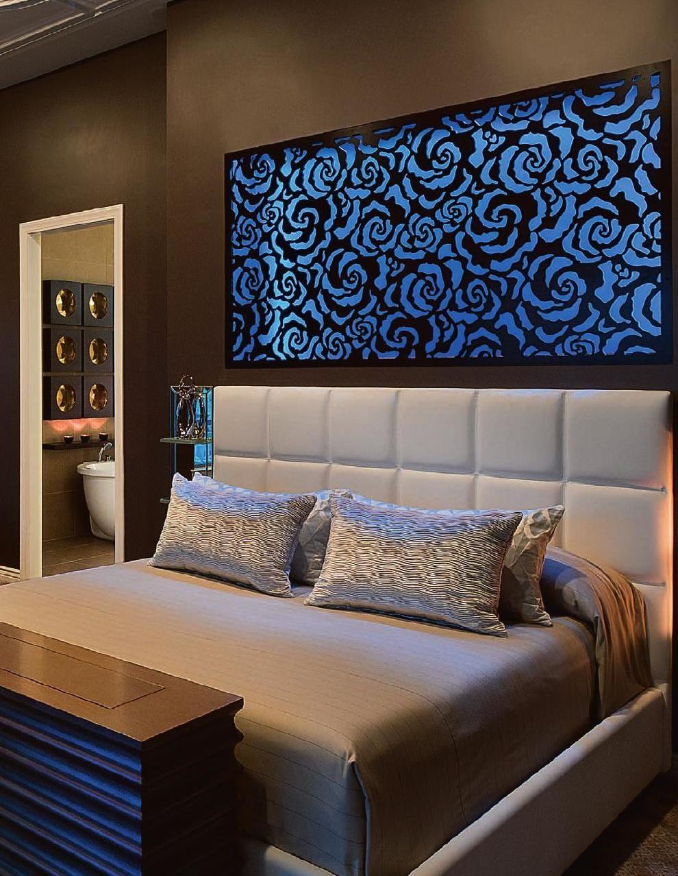 Motel Room Interiors: HOME & APARTMENT TRENDS Asia Vol 30/01