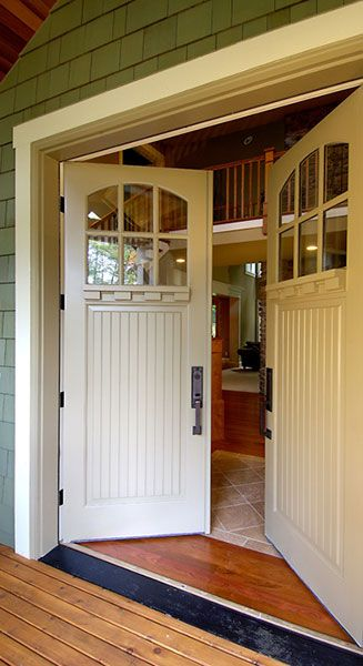 Bungalow 7218 With 9541 Dentil Shelf View Door Detail