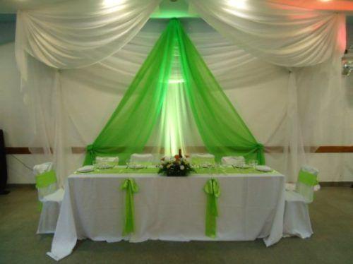 Organizacion de mesas para eventos buscar con google for Decoracion con telas