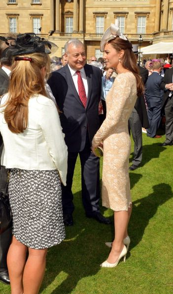 Catherine Duchess of Cambridge attends a garden party held at... News Photo 450385350