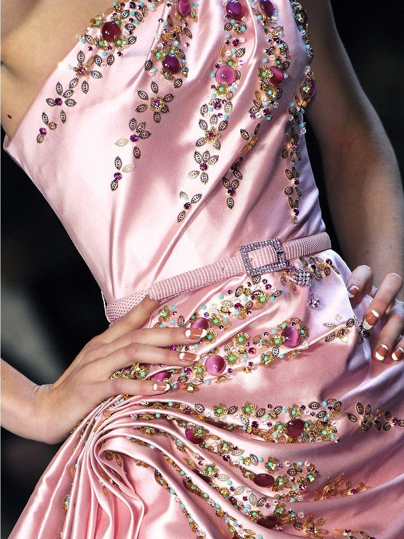 Un romantico Christian Dior del 2007 | Moda de pasarela | Pinterest ...