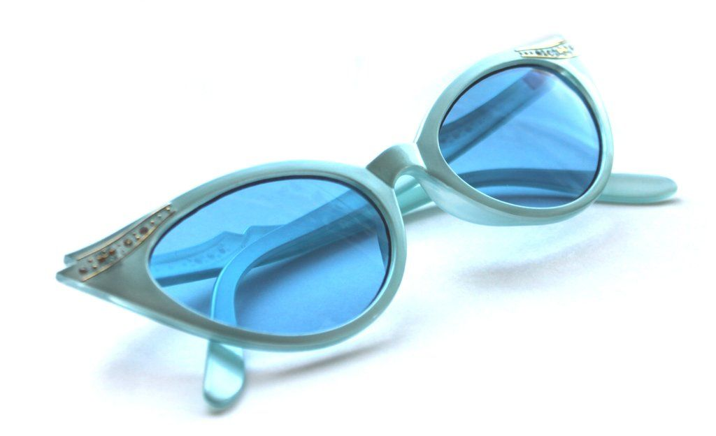 Women S Small Cat Eye Vintage Blue Frame Blue Lens Sunglasses With Gold Rhinestones 50 S Rockabilly Blue Lenses Blue Frames Sunglasses