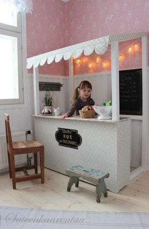 Delightful Modern Kids Cafe Interior Idea 47