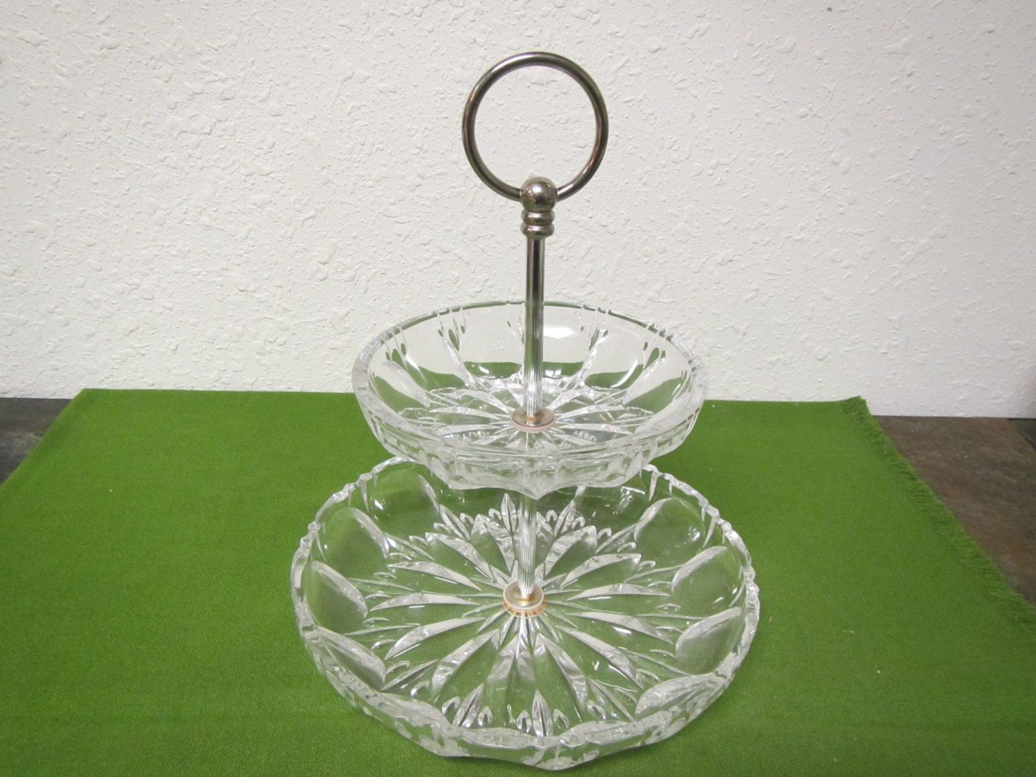 Vintage 2 Tier Glass Tidbit Serving Tray Or Candy Dish Relish Dish With Center Handle Candy Dishes Relish Dish Glass Dishes