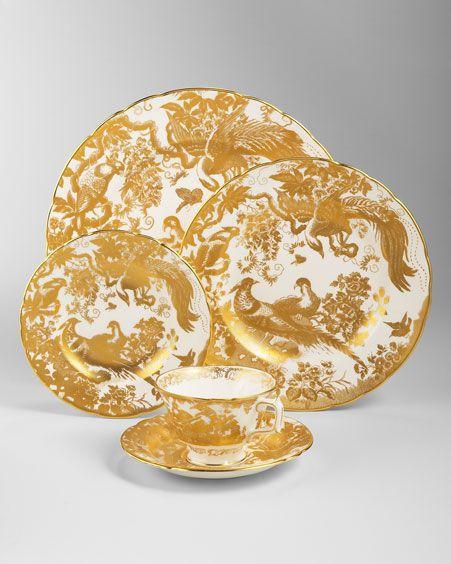 Royal Crown Derby gold china  sc 1 st  Pinterest & Royal Crown Derby gold china | TRES BEAU ENTERTAINING | Pinterest ...