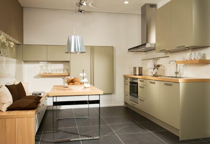 Kleine Küche Planen Kleine Wohnküche (730×500)