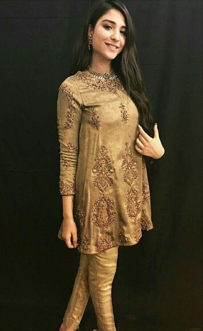 Ramsha Khan Cuts Pakistani Dresses Pakistani Wedding