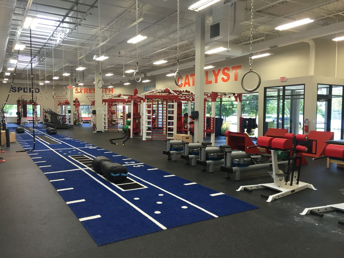 Movestrong Layout And Custom Functional Training Station Gym Design Gym Plans Gym Interior