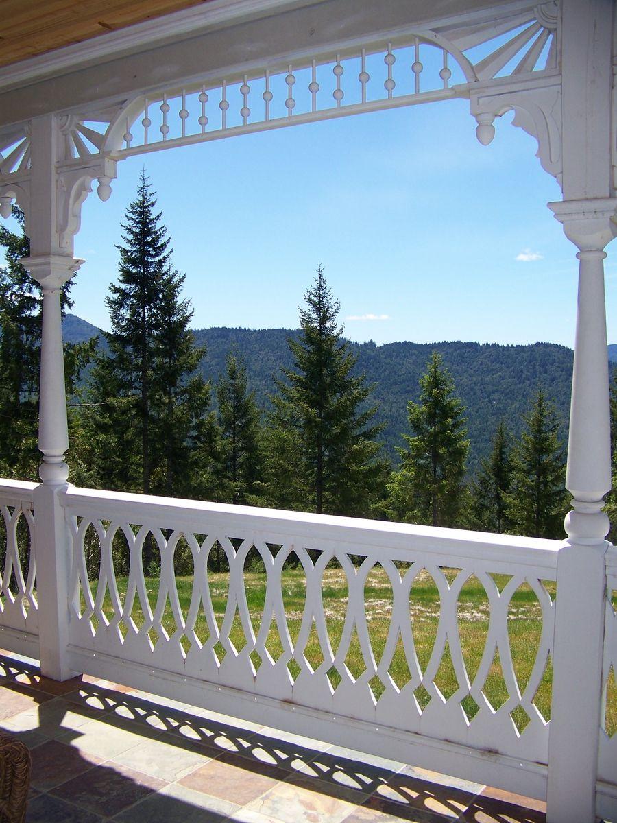 Porch Balustrade and Spandrell | Porch railing designs ...