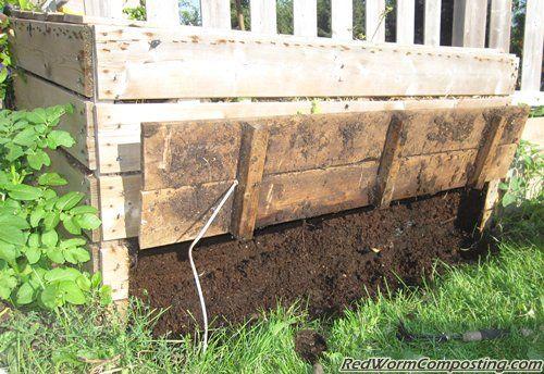 Backyard Worm Bed - cool trap door!