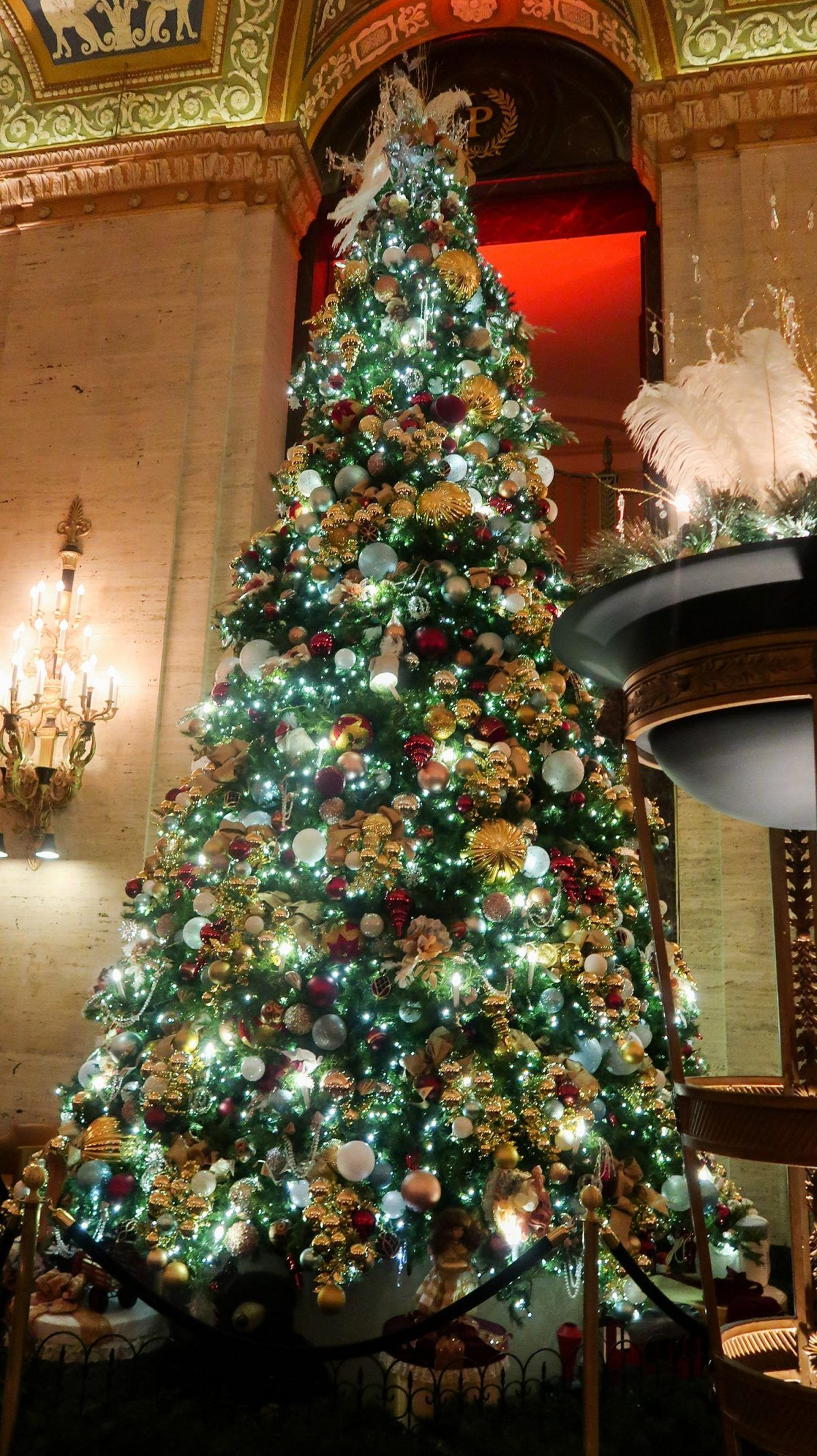 5 Must-See Christmas Trees in Downtown Chicago   It's Megan   #travel #christmas #chicago #christmastrees