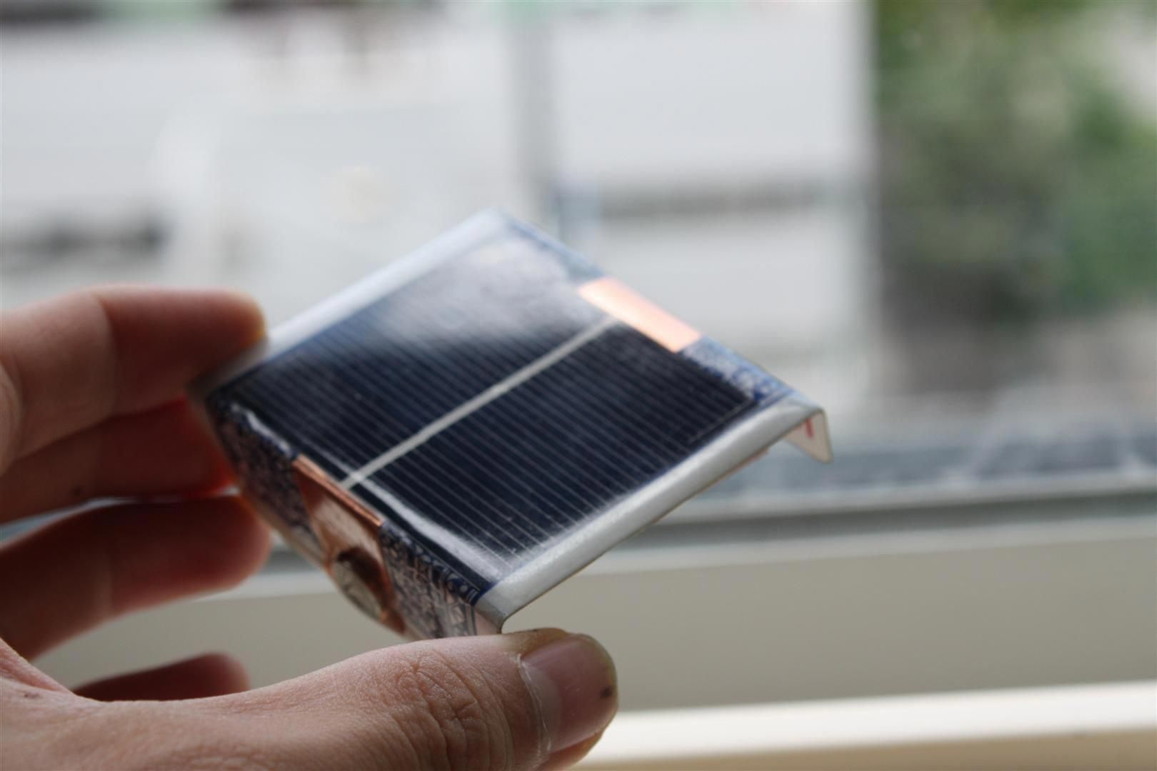 Turn A Playing Card Into A Solar Charger For Aa Batteries In 2020 Solar Battery Charger Solar Power Energy Solar Battery