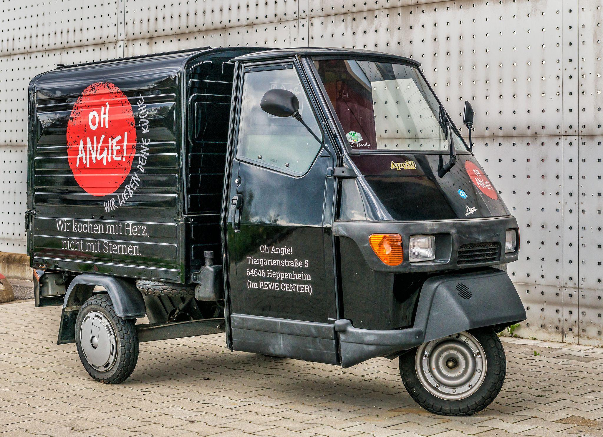 ape 50 engines and moving kleintransporter vespa. Black Bedroom Furniture Sets. Home Design Ideas