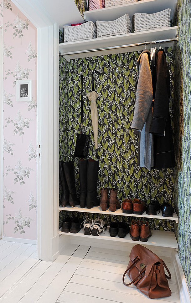 yuliya komissarova. Black Bedroom Furniture Sets. Home Design Ideas