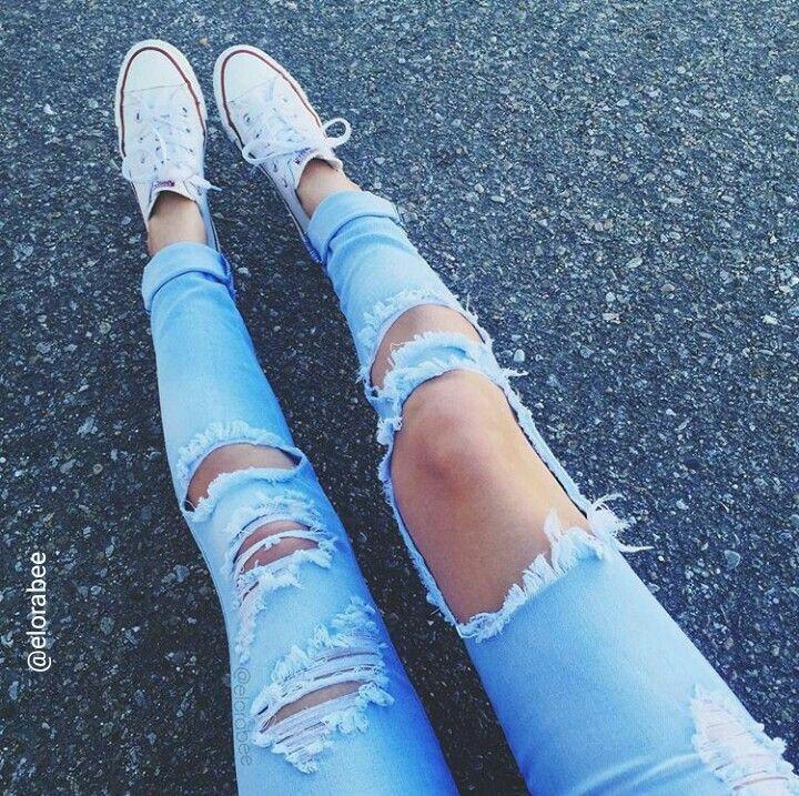Boyfriend Jeans + Converse =