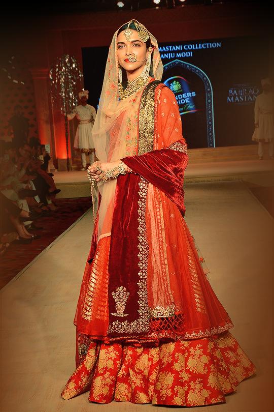 Deepika Padukone in Anju Modi at Blenders Pride Fashion ...