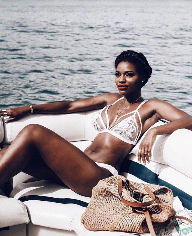 Asiyami Wekulom | Vacation Outfit | Resort Wear | Summer | Tropical |  Island |Black Girl | African American
