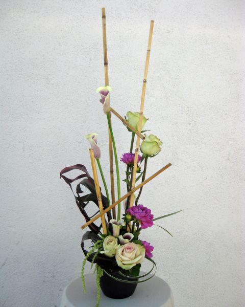 Line Design In Floral Arrangement Vertical Line Flower Arrangement