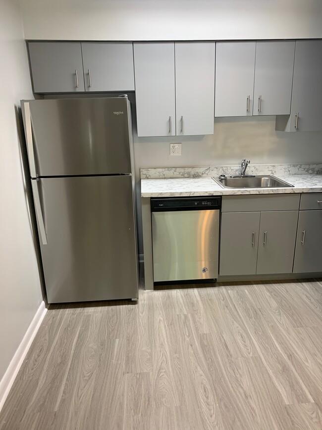 8529 Rising Sun Ave Philadelphia Pa 19111 Apartment Home Decor Kitchen