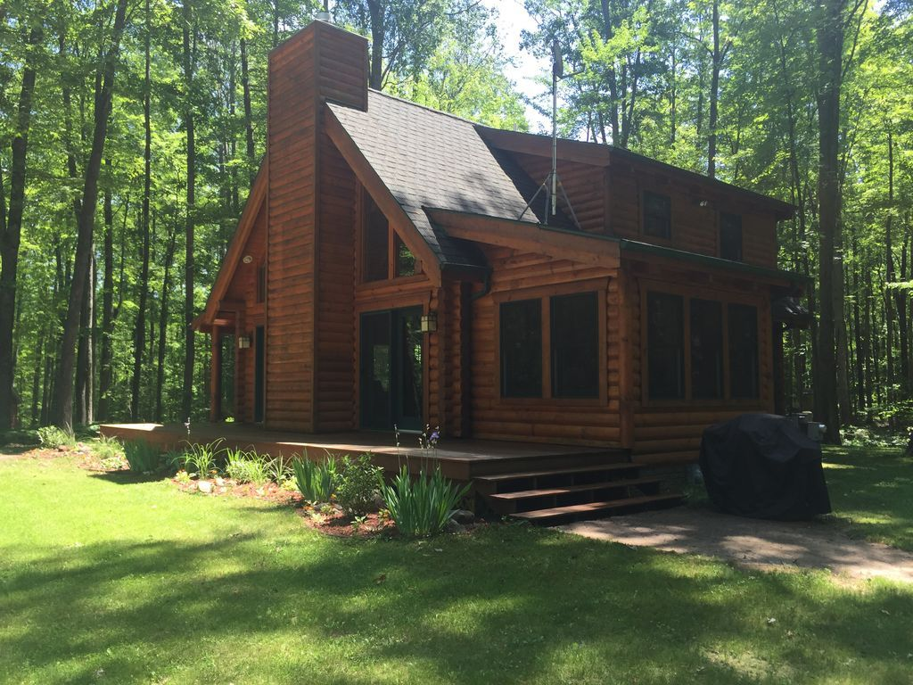 31 185 Next Month T Log Homes Cabins In The Woods Michigan Travel