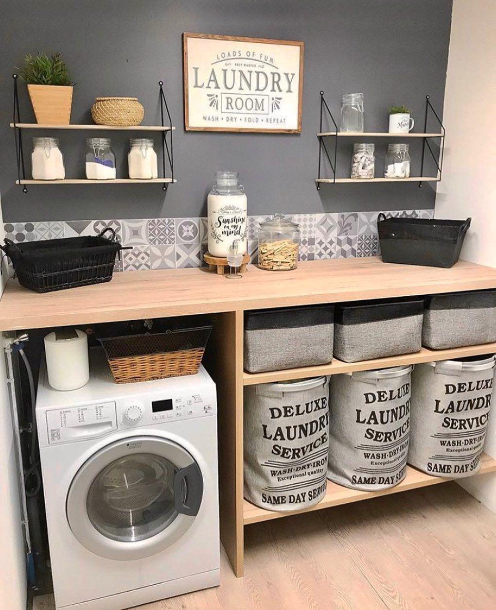 Desain Interior Laundry Room Minimalis Dengan Ubin Motif Yang